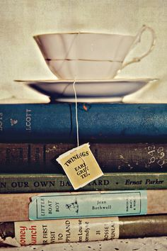 22. Reading with a Cup of Tea // Buzz Feed's 36 Reasons That Fall Is The Best