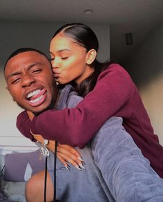 Find your backbone 💞 Couple Goals Relationships, Relationship Goals Pictures, Couple Relationship, Freaky Relationship, Young Black Couples, Black Love Couples, Black Couples Tumblr, Goofy Couples, Cute Couples Goals