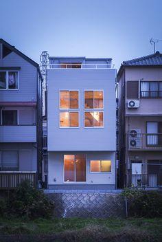 2層分の高さのある、2階リビング! WORKS デザイン住宅.狭小住宅|大阪.兵庫.京都|一級建築士事務所 Coo Planning