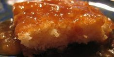 Pouding Chomeur (poor man's pudding) - COOKING - This is a traditional french-Canadian dessert that was made during the depression era… the ingredients are simple and were cheap and it is one of thos Pudding Chomeur, Poor Mans Pudding, Canadian Food, Canadian Recipes, French Desserts, Incredible Edibles, Quebec, Cupcake Cakes, Cupcakes