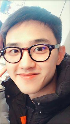 #kyungsoo #DO #exo #dokyungsoo Exo Group, Chansoo, Cute Glasses, Exo Do, Do Kyung Soo, Kyungsoo, Music Bands, Funny Moments, Future Husband
