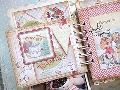 Cześć kochani! Otóż to... Czasami mamy fajne zdjęcia ze słodkiej małej sesji, mamy odpowiednią kolekcję papierów i dodatków idealną do ich s...