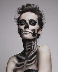 maquillaje halloween, halloween make up Creepy Makeup, Dead Makeup, Fx Makeup, Body Makeup, Airbrush Makeup, Beauty Makeup, Zombie Makeup, Makeup Style, Makeup Eyeshadow