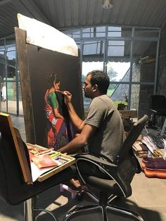 Shashikant Dhotre - Indian artist- while at work. Unique Paintings, Indian Paintings, India Art, Indian Celebrities, Indian Beauty Saree, Incredible India, Pencil Art, Cartoon Art, Colored Pencils