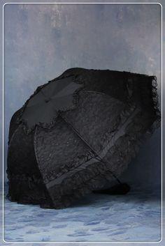 Encontre mais Guarda-chuvas Informações sobre Moda Lolita renda preta guarda chuva estiramento preto revestimento parasol AUM003, de alta qualidade chapéu de guarda-chuva, Guarda-chuva transparente China Fornecedores, Barato Guarda-chuva de dupla de DARK IN LOVE em Aliexpress.com