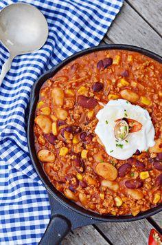 Gyors chilis egytál | Rupáner-konyha Paella, Chili, Soup, Ethnic Recipes, Chile, Soups, Chilis