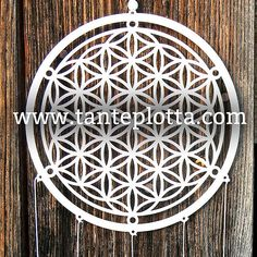 """Plotterdatei Traumfänger """"Blume des Lebens"""" mit Anleitung Decorative Plates, Outdoor Structures, Freebies, Silhouette Files, Jeep, Flower Of Life, Beautiful Things, Flowers, Tutorials"""