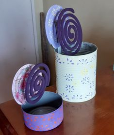 Tin Can Crafts, Diy And Crafts, Crafts For Kids, Arts And Crafts, Tire Craft, Creative Inventions, Reuse Plastic Bottles, Flower Pot Design, Aluminum Cans