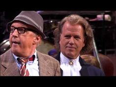 Andre Rieu & Andre Van Duin (Gala-Live in de Arena) James Brown, Funny Movies, New Bag, Cabaret, Orchestra, Video, Brand New, Dance, Stars