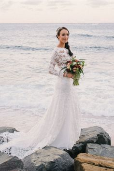 Jewel Neck Vintage Inspired Long Lace Wedding Dress