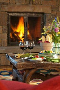 Cozy & romantic dinner for two in front of the fire Teton Village, The Farm, Dinner For Two, In Vino Veritas, Wine Cheese, Romantic Dinners, Romantic Things, Romantic Ideas, Romantic Getaways