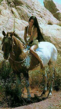 My Cherokee Tribe - We share the same grt++ aunt and uncle (Bookout/Hicks). Cher My favorite voice in The world. American Indian Girl, Native American Girls, Native American Beauty, American Indians, Cherokee Tribe, Cher Bono, Karen, Appaloosa, Native Indian