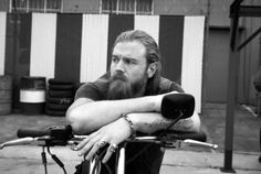 ryan hurst... a.k.a. opie....i love him