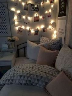 Stunning and cute dorm room decorating ideas (38)