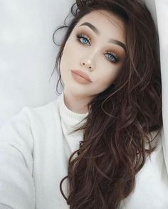Love the eyeshadow and lipstick