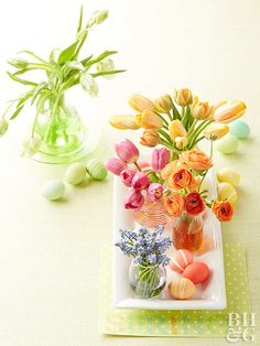 Welcome spring and Easter with these easy DIY decorating ideas. From beautiful centerpieces to mantel decor, these amazing ideas will have your home decked out for the season in no time! #easter #easterdecor #diyeasterdecor