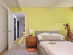 Muster schlafzimmer ~ Für die wand ein modernes buntes geometrisches muster wählen