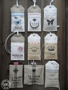 """Lavendelbeutelchen in Form von """"Tags"""" Lavender Crafts, Lavender Bags, Lavender Sachets, Fabric Crafts, Sewing Crafts, Sewing Projects, Mini Bebidas, Scented Sachets, Fabric Embellishment"""