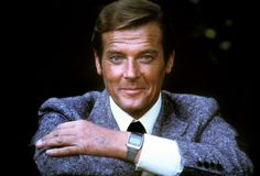 Addio Roger Moore, indimenticabile Simon Templar, e Brett Sinclair James Bond Watch, James Bond Actors, New James Bond, James Bond Movies, Actor James, Roger Moore, Tony Curtis, Sean Connery, Daniel Craig
