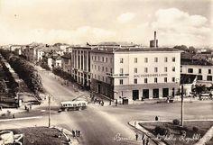 Piazzale della Repubblica - Società Ferro Bulloni http://www.bresciavintage.it/brescia-antica/cartoline/piazzale-della-repubblica-societa-ferro-bulloni/