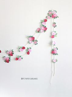 DIY paper flower garland - simple but so effective! Easter Garland, Diy Garland, Floral Garland, Paper Flower Garlands, Paper Flowers, Tea Party Birthday, Floral Wall, Spring Party, Diy Easter Decorations