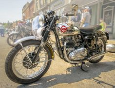 1960 BSA Super Rocket Gold Star at the 2014 Brits On The Lake vintage British car/bike show in Port Perry ON CA. What a beauty...
