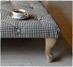 mała czarna #tapicer #białystok #tapissier #upholstery #декораторы #mebel #мебельдлядома #interiordesign #homedecor #wystrojwnetrz #kawa #coffee #czarne #białe #black #white #tapicerstwo_dawne_wspolczesne