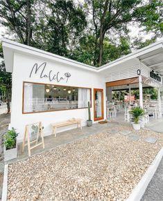 Cafe Shop Design, House Design, Cafe Exterior, Small Coffee Shop, Home Bakery, Small Cafe, Restaurant Interior Design, House Plans, Architecture