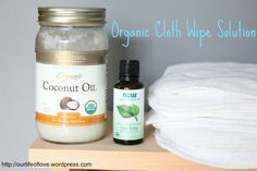 cloth wipe solution.  organic cloth wipes recipe.  cloth diapers.  cloth diapering 101
