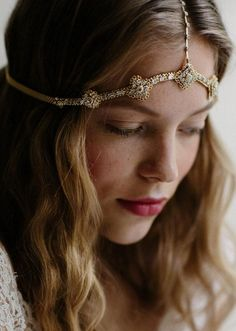 Brilliant foiled crystals adorn this delicate headpiece. #EtsyWeddings