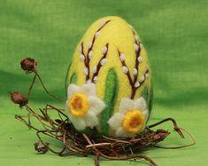 Needle felted Easter egg, wool Easter egg, Easter ornament