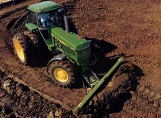 John Deere 4850 John Deere Equipment, Old Farm Equipment, Heavy Equipment, Old John Deere Tractors, Jd Tractors, New Holland, Agricultural Implements, Modern Agriculture, New Tractor