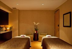 Enjoy one of the many different massage options they offer at Rik Rak Salon and Spa at the JW Marriott Marquis in Miami. Their spa menu is complete with facial and massage options.