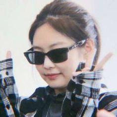 I Love Girls, Cool Girl, South Korean Girls, Korean Girl Groups, Jennie Kim Blackpink, Blackpink Memes, Blackpink And Bts, Blackpink Jisoo, Meme Faces