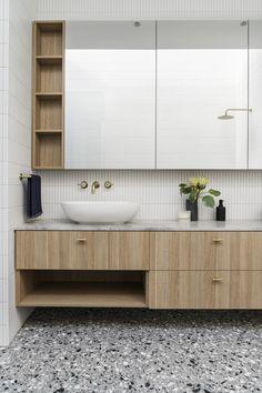 Hampton Street, Brighton / Projects / Polytec Modern Bathroom Design, Bathroom Interior Design, Wooden Vanity, Terrazzo Flooring, Double Vanity, Brighton, The Hamptons, Minimalism, Supreme