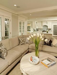 Wall color for fam room? Traditional Living Room Design, Pictures, Remodel, Decor and Ideas - page 2 Beige Living Rooms, Home Living Room, Living Room Designs, Living Spaces, Beige And White Living Room, Living Area, Beige Living Room Furniture, Style At Home, Home And Deco