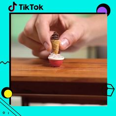 Ideas Kitchen Diy Videos Projects Simple For 2019 Miniature Crafts, Miniature Food, Amazing Food Videos, Tiny Cooking, Tiny Food, Mini Kitchen, Crafts For Boys, Small Meals, Mini Things