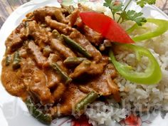 Beef, Chicken, Cooking, Food, Hungarian Recipes, Red Peppers, Meat, Kitchen, Essen