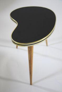 Couchtisch, Nierentisch // couch table, kidney table via DaWanda.com