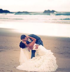 Wedding pictures on the beach <3 Heck, just a picture like this is precious!