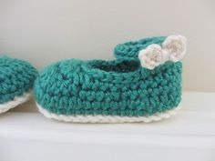 New free crochet pattern for you guys! It has been way too long since I posted one last ( my goods shop  has been keeping me plenty busy :...