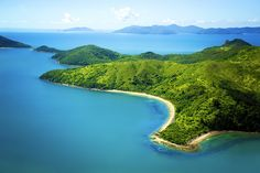 Lonely Planet -- Whitsundays on a Budget