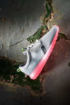 Nike Roshe Run NM: Hot Lava Sole