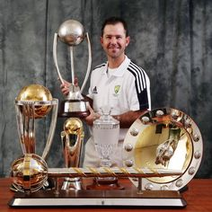 "Ricky Ponting - The man we all ""loved"" to ""hate"" but he was an icon in the game #admiration"