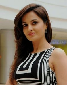 12 Best Monica Bedi Rare and Unseen Images, Pictures, Photos & Hot
