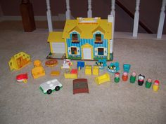 VTG Fisher Price Little People Yellow House 952 Dollhouse 1969  Furniture 30+ #FisherPrice