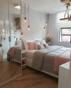 small bedroom design , small bedroom design ideas , minimalist bedroom design for small rooms , how to design a small bedroom Small Room Bedroom, Trendy Bedroom, Bedroom Colors, Small Rooms, Dorm Room, Girls Bedroom, Bedroom Bed, Ikea Bedroom, Summer Bedroom