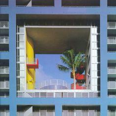 Miami Atlantis Building / Arquitectonica