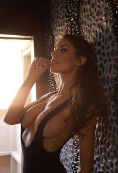 sehr sexy hot naked girls rasiert