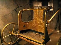 Chariot of king tut Ancient Egyptian Art, Ancient History, Ptolemaic Dynasty, King Tut Tomb, Papyrus, Archaeological Finds, Tutankhamun, Historical Artifacts, Ancient Civilizations